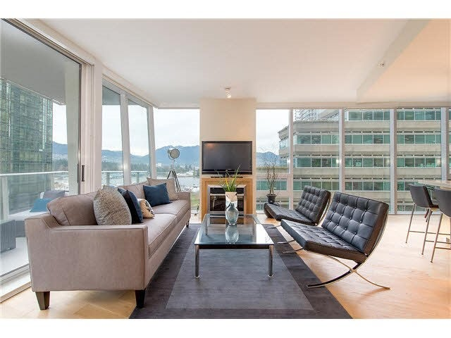 701 1277 MELVILLE STREET - Coal Harbour Apartment/Condo for sale, 2 Bedrooms (R2015542) #2