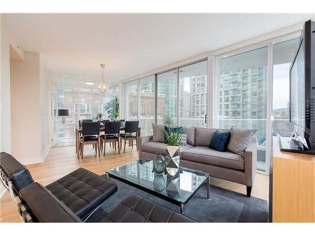 701 1277 MELVILLE STREET - Coal Harbour Apartment/Condo for sale, 2 Bedrooms (R2015542) #3
