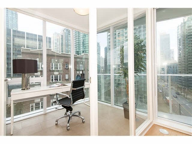 701 1277 MELVILLE STREET - Coal Harbour Apartment/Condo for sale, 2 Bedrooms (R2015542) #7