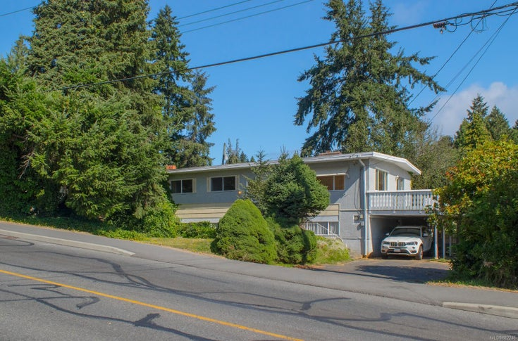 1855 Bay St - Na Departure Bay Single Family Detached for sale, 4 Bedrooms (882246)