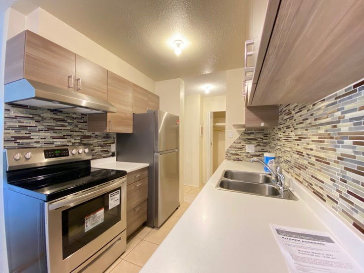 108-2016 Fullerton Ave North Vancouver - Pemberton NV Apartment/Condo for sale, 2 Bedrooms