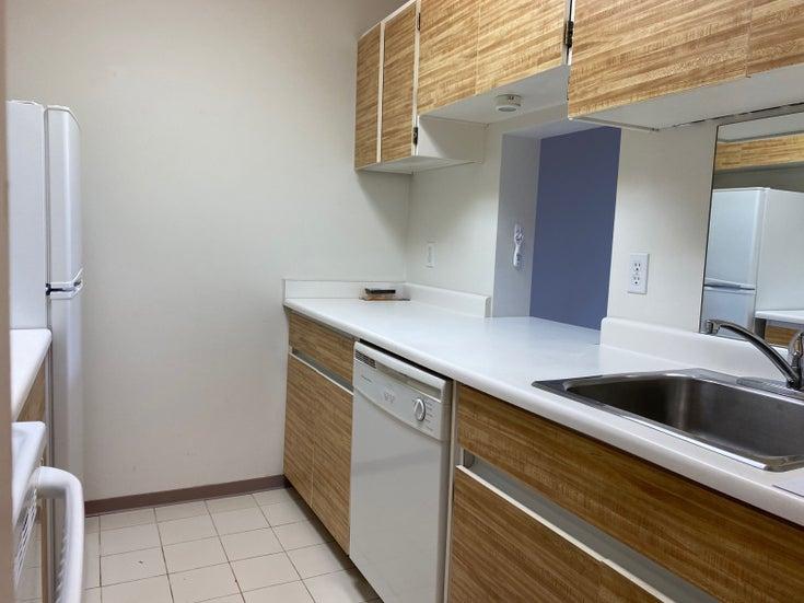 606-2008 Fullerton Avenue, North Vancouver BC  - Pemberton NV Apartment/Condo for sale, 1 Bedroom