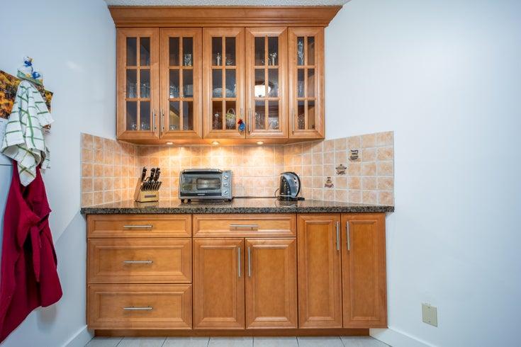 1707 2024 FULLERTON AVENUE North Vancouver, BC  - Capilano NV Apartment/Condo for sale, 1 Bedroom