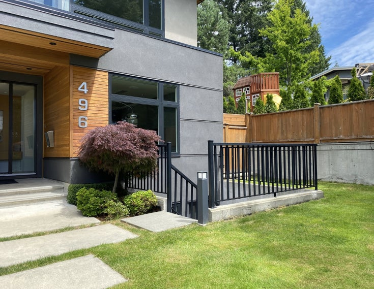 496 West 29th Street North Vancouver - Upper Lonsdale Apartment/Condo for sale, 2 Bedrooms