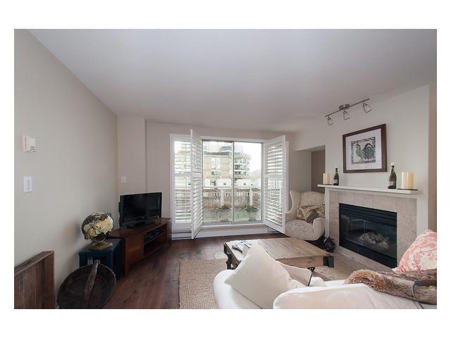 # 513 888 BEACH AV - Yaletown Apartment/Condo for sale, 2 Bedrooms (V1096601)