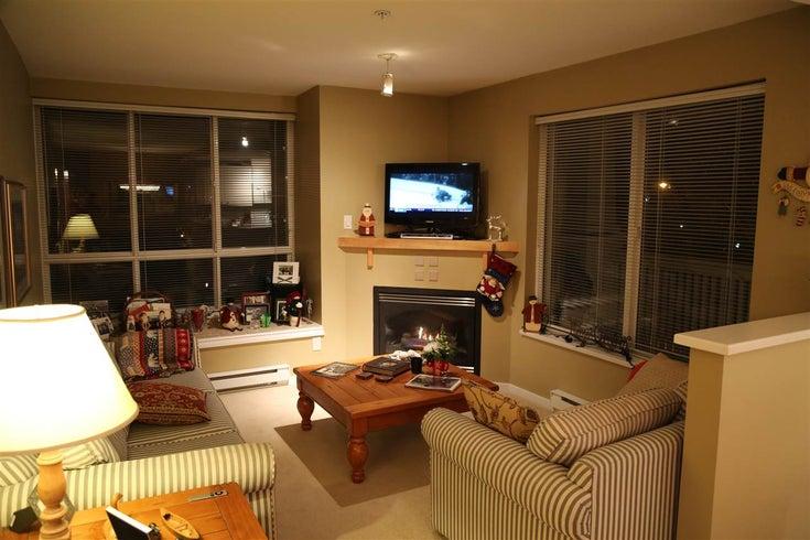 207 1111 LYNN VALLEY ROAD - Lynn Valley Apartment/Condo for sale, 2 Bedrooms (R2021667)