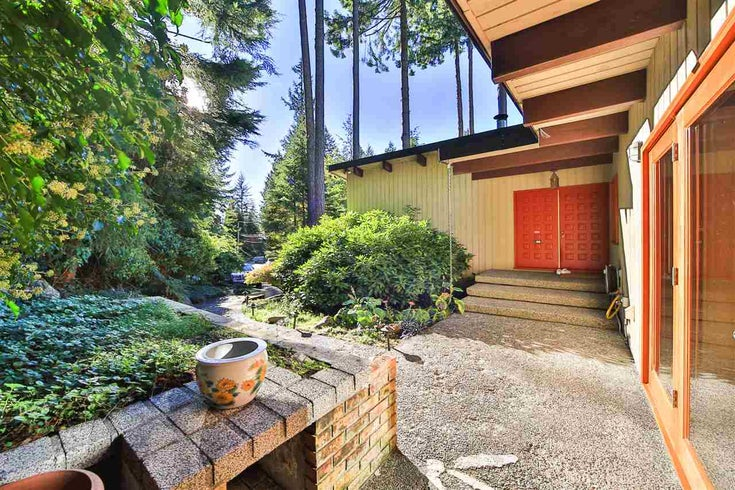 170 HIGHVIEW PLACE - Lions Bay House/Single Family for sale, 3 Bedrooms (R2046920)