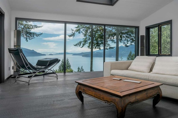 410 MOUNTAIN DRIVE - Lions Bay House/Single Family for sale, 4 Bedrooms (R2192720)