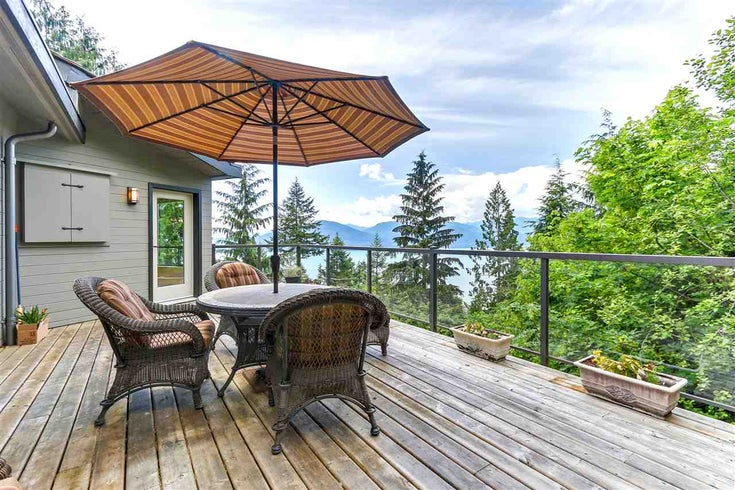 110 MOUNTAIN DRIVE - Lions Bay House/Single Family for sale, 4 Bedrooms (R2351867)