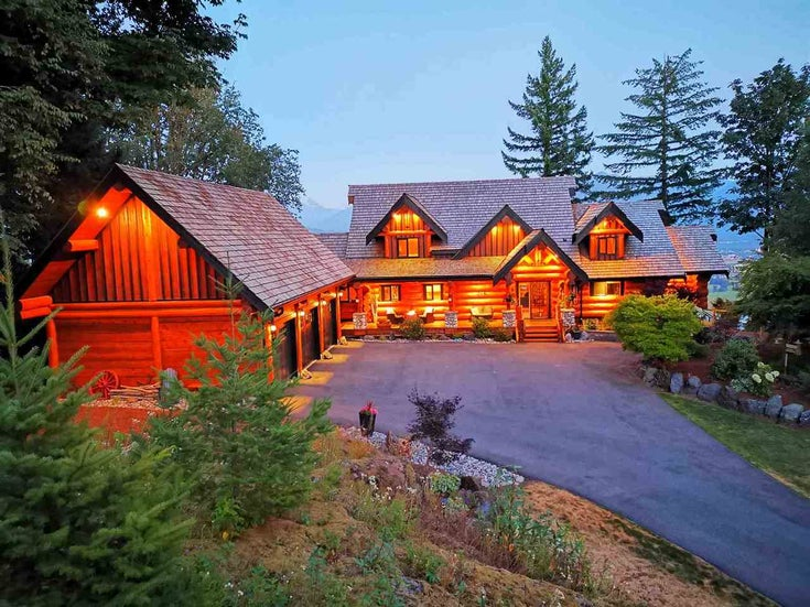 8400 GRAND VIEW DRIVE - Chilliwack Mountain House with Acreage for sale, 4 Bedrooms (R2483464)