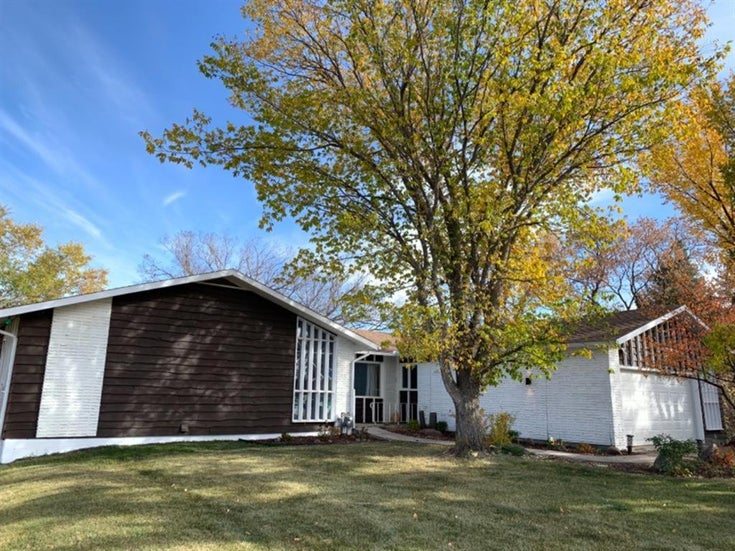5611 Park  Drive - Other Detached for sale, 5 Bedrooms (A1072515)