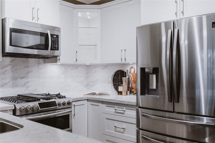 207 8538 203A STREET - Willoughby Heights Apartment/Condo for sale, 2 Bedrooms (R2613880)