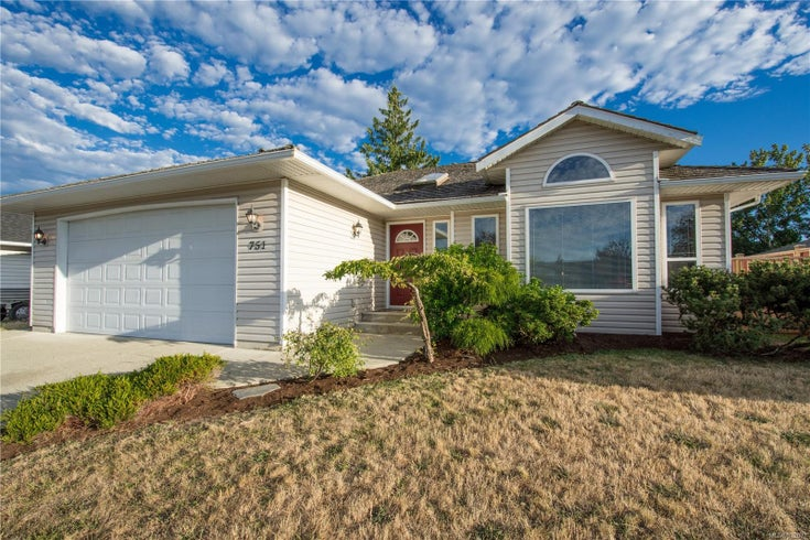 751 Ermineskin Ave - PQ Parksville Single Family Detached for sale, 3 Bedrooms (852007)