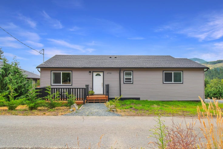 1770 Jay Bell Trail - PQ Little Qualicum River Village Single Family Detached for sale, 3 Bedrooms (881880)