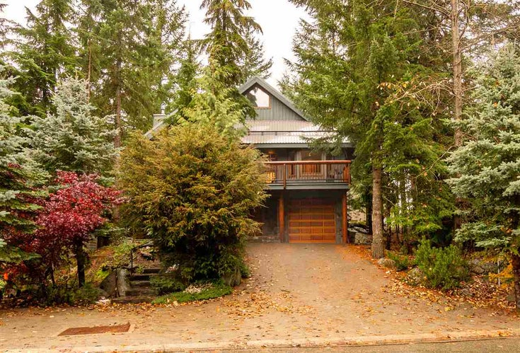 2315 Gondola Way, Whistler, BC - Whistler Creek House/Single Family for sale, 4 Bedrooms (R2513595)