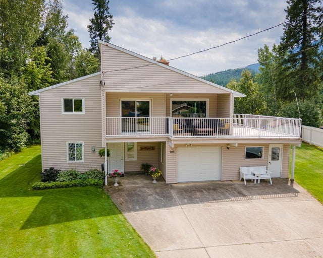 705 JACKSON STREET - Kaslo House for sale, 4 Bedrooms (2459894)