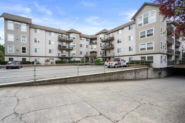 209 33480 GEORGE FERGUSON WAY - Central Abbotsford Apartment/Condo for sale, 2 Bedrooms (R2574815) #1