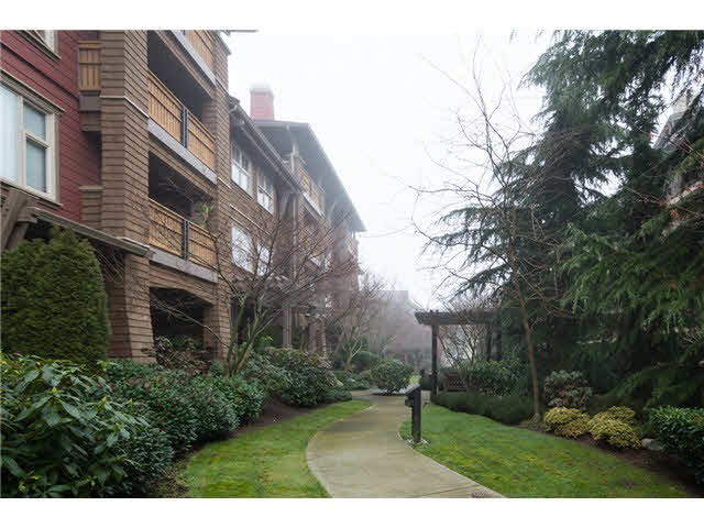 110 675 Park Crescent - GlenBrooke North Apartment/Condo for sale, 1 Bedroom (V1059344)