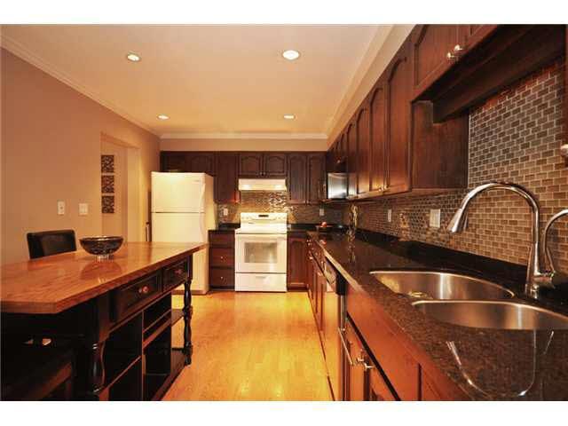 309 1230 Quayside Drive - Quay Apartment/Condo for sale, 2 Bedrooms (V1063010)