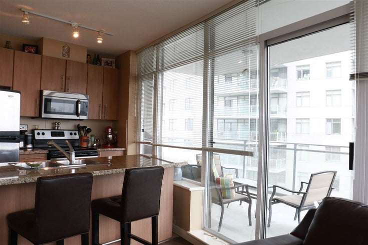 2708 892 Carnarvon Street - Downtown NW Apartment/Condo for sale, 2 Bedrooms (R2150615)