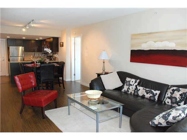 403 200 Keary Street - Sapperton Apartment/Condo for sale, 2 Bedrooms (V903498)