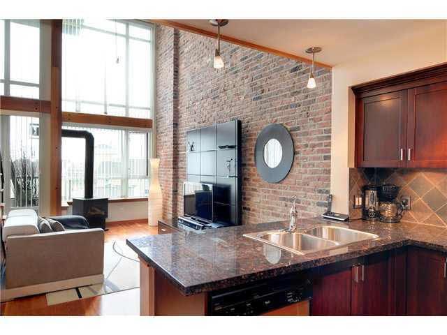 314 10 Renaissance Square - Quay Apartment/Condo for sale, 1 Bedroom (V949872)