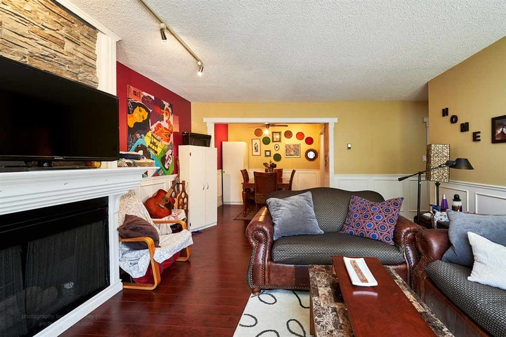 301 708 Eighth Avenue - Uptown NW Apartment/Condo for sale, 2 Bedrooms (R2102340)
