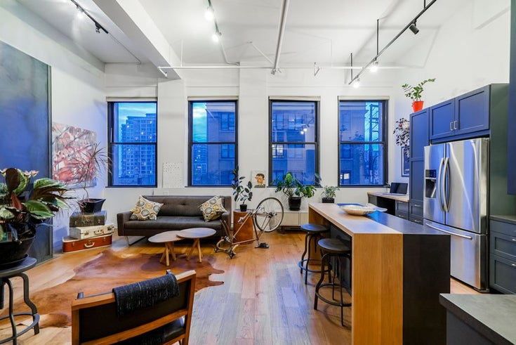 304 549 Columbia Street - Downtown NW Apartment/Condo for sale, 1 Bedroom (R2323161)