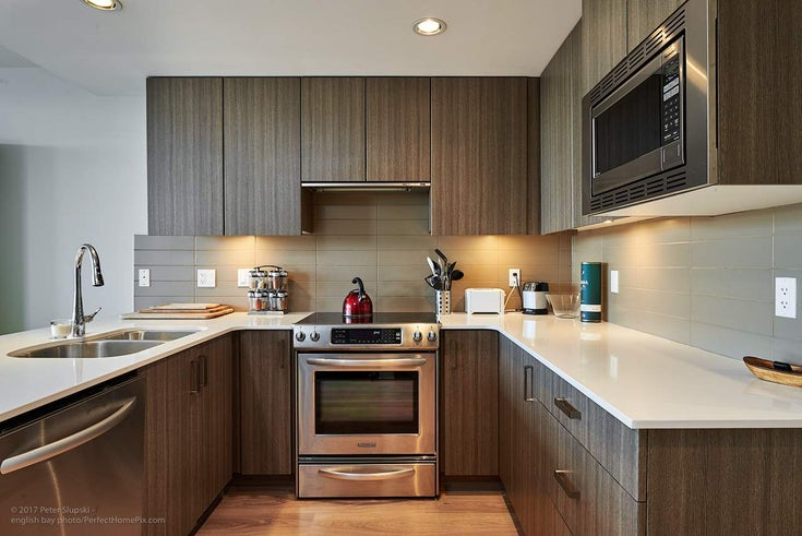 505 125 Columbia Street - Downtown NW Apartment/Condo for sale, 1 Bedroom (R2158737)