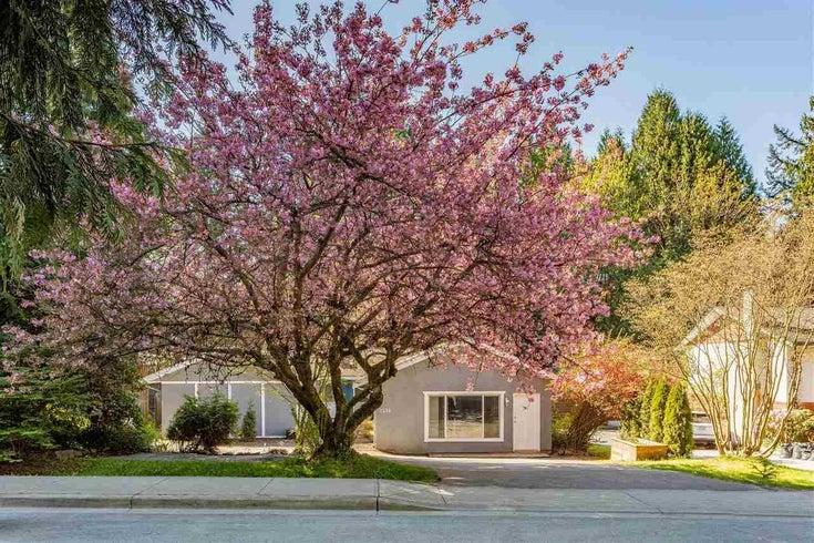 2576 THE BOULEVARD - Garibaldi Highlands House/Single Family for sale, 4 Bedrooms (R2576913)