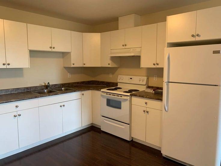 Coquitlam Maillardville Renovated 2 Bedroom Walkout Suite - Maillardville House/Single Family for sale, 2 Bedrooms