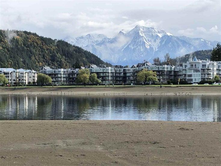 415 378 ESPLANADE AVENUE - Harrison Hot Springs Apartment/Condo for sale, 2 Bedrooms (R2556006)