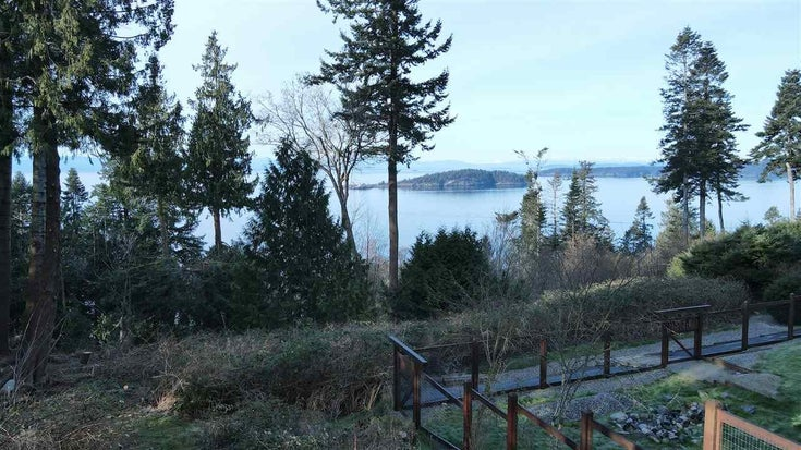 8089 REDROOFFS ROAD - Halfmn Bay Secret Cv Redroofs House with Acreage for sale, 3 Bedrooms (R2563771)