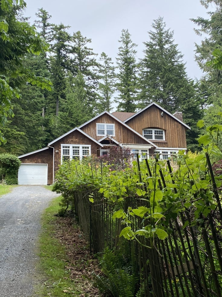 1236 Miller Road, Bowen Island, BC - Bowen Island House/Single Family for sale, 3 Bedrooms