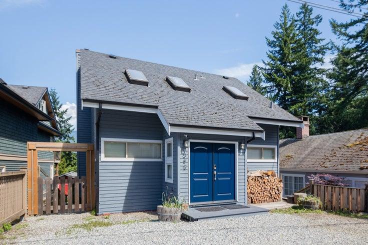 989 Dorman Road - Bowen Island House/Single Family for sale, 2 Bedrooms (R2592746)