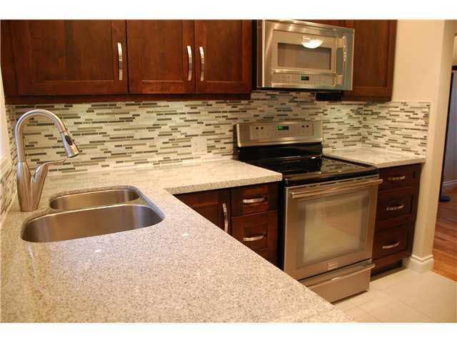 3520 Norwood Avenue - Upper Lonsdale House/Single Family for sale, 5 Bedrooms (V912471)