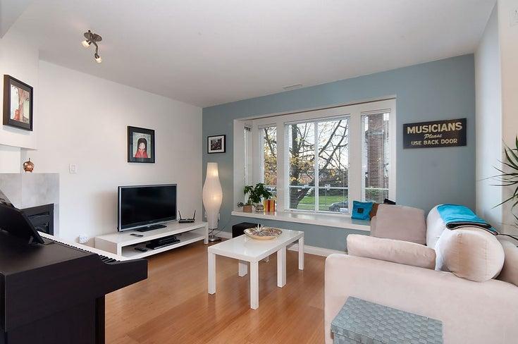 1108 St. Georges Avenue - Central Lonsdale 1/2 Duplex for sale, 3 Bedrooms (R2119119)