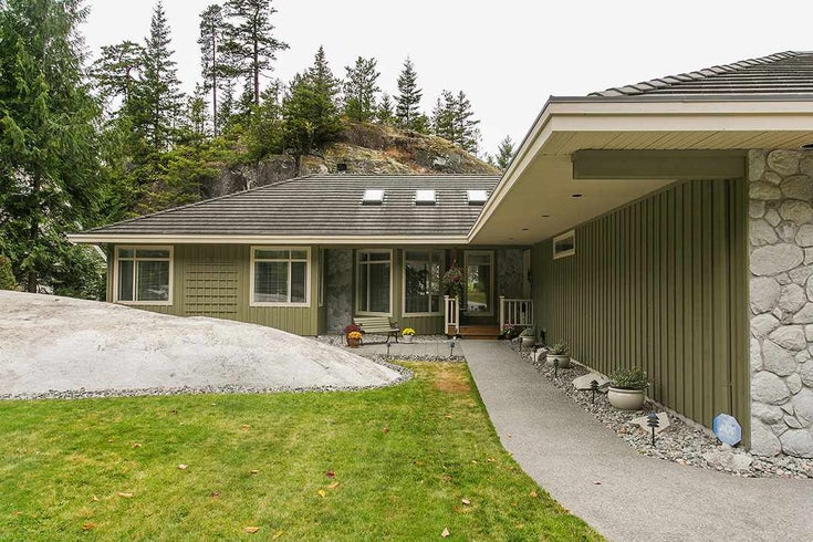 158 Stonegate Drive - Furry Creek House/Single Family for sale, 4 Bedrooms (R2149844)