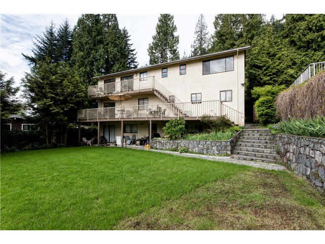4608 Mountain Highway - Lynn Valley House/Single Family for sale, 7 Bedrooms (V1119883)