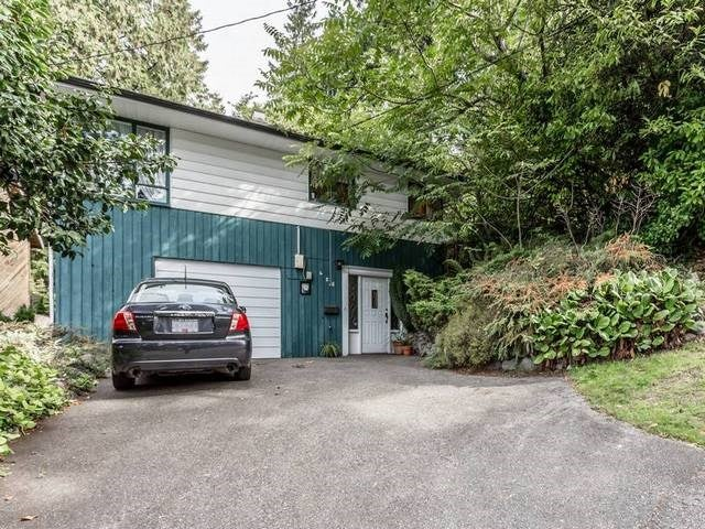 428 E 19th Street - Central Lonsdale House/Single Family for sale, 3 Bedrooms (R2001012)