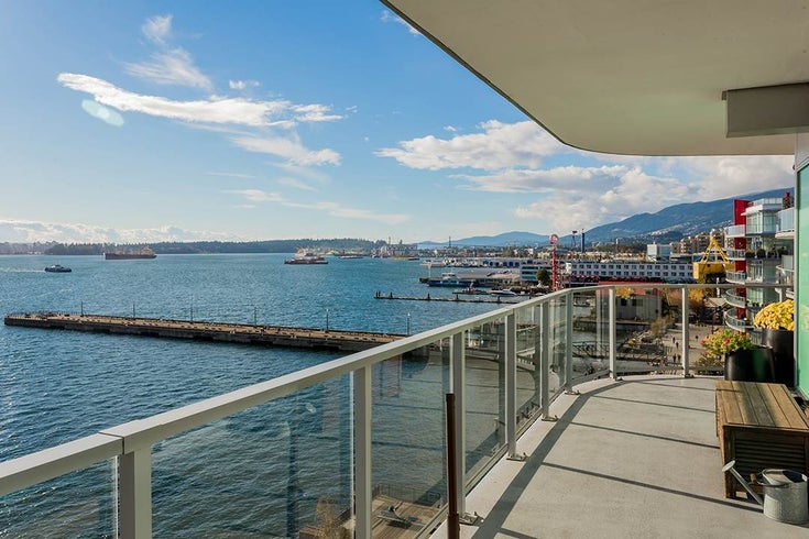 701 199 Victory Ship Way - Lower Lonsdale Apartment/Condo for sale, 2 Bedrooms (R2509292)