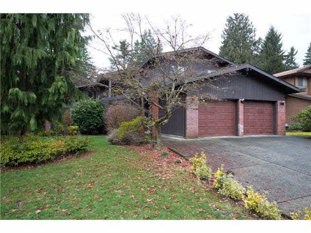 3529 Robinson Road - Lynn Valley House/Single Family for sale, 4 Bedrooms (V994177)