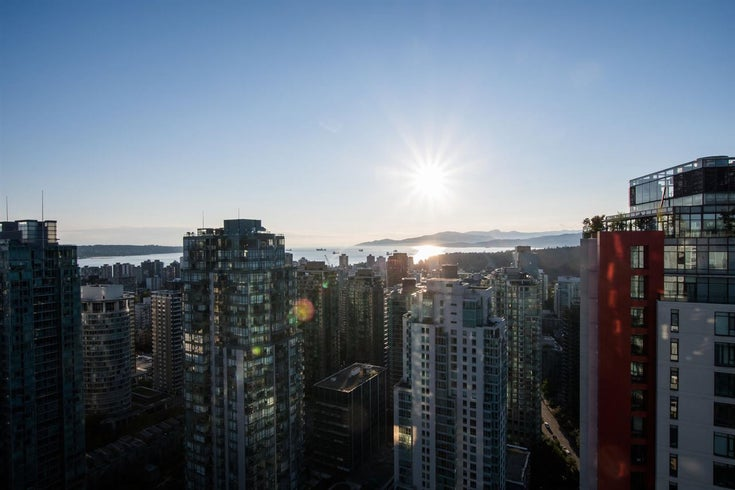 3904 1189 Melville Street - Coal Harbour Apartment/Condo for sale, 2 Bedrooms (R2521277)