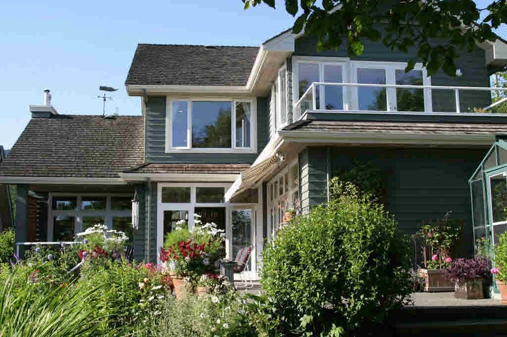 1052 Gordon Avenue - Sentinel Hill House/Single Family for sale, 4 Bedrooms (V602400)