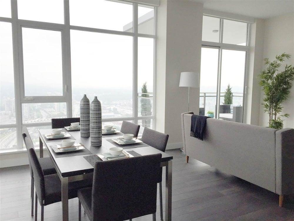 solo district penthouse realtor
