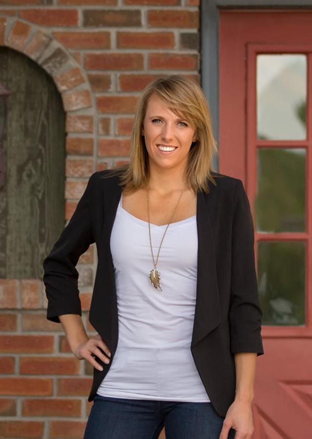 Saskia Dover - Okanagan Luxury Real Estate Specialist