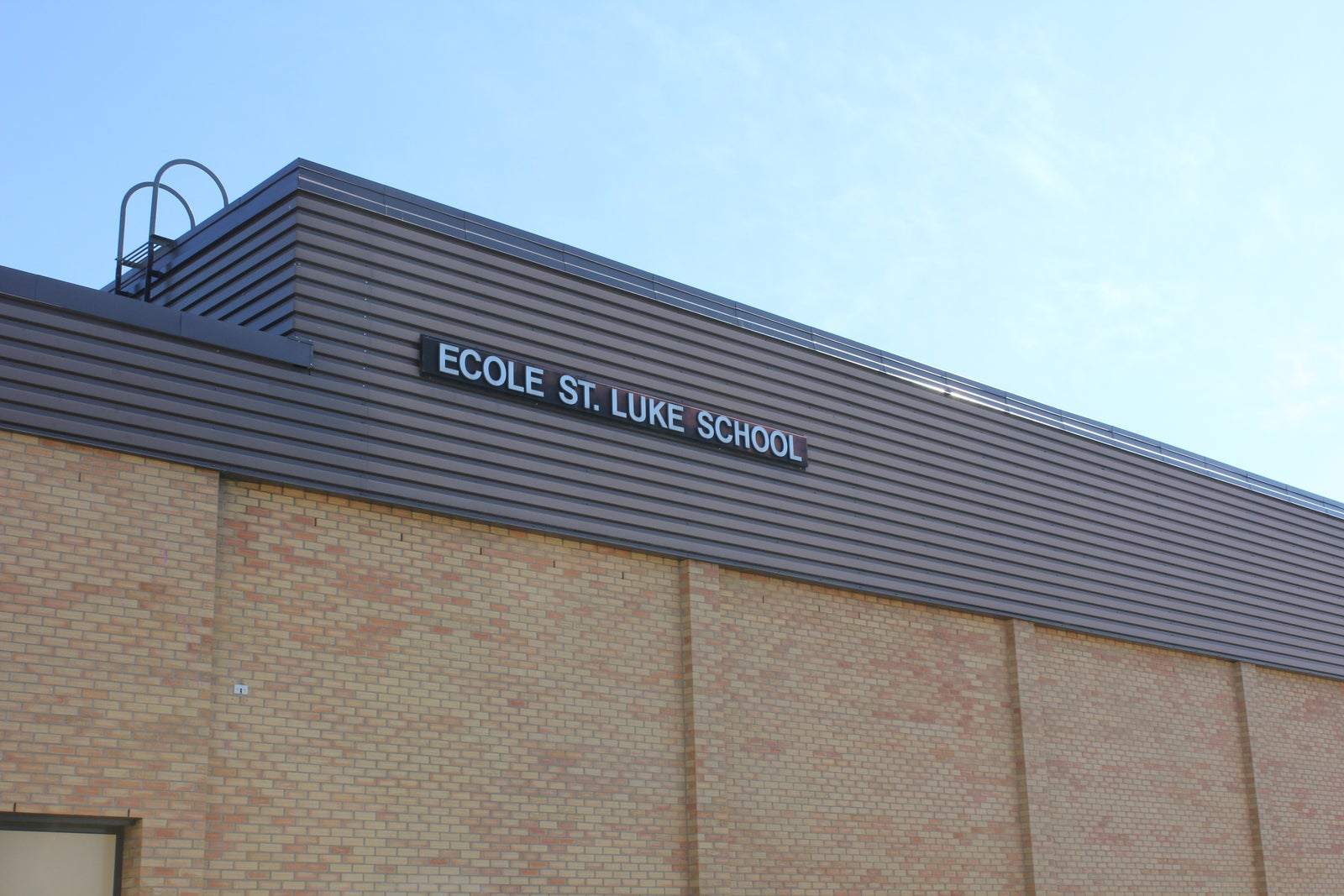 Ecole St Luke School Calgary Grade 5-8