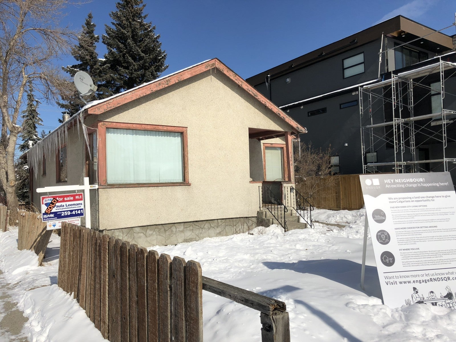 1940 Bowness Road NW, Calgary, AB