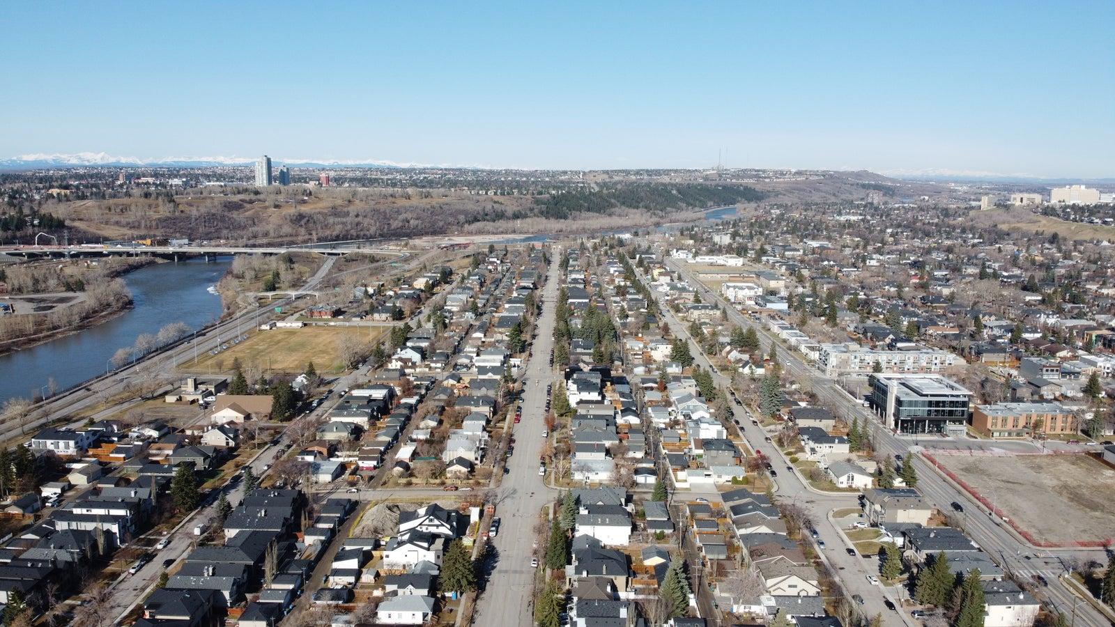 Hillhurst Calgary, April 24, 2020