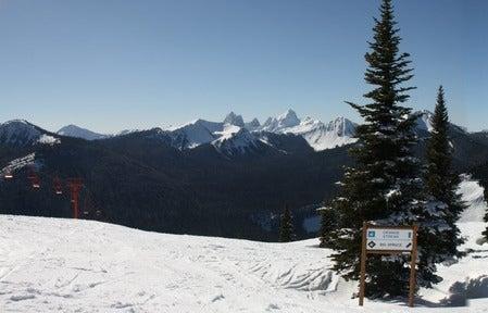 Downhill skiing at Manning Park